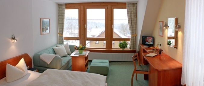 Komfortzimmer mit Panoramafenster